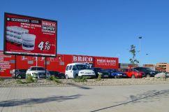 Brico Depôt, el último centro inaugurado, delante del Hospital Arnau de Vilanova Cecília López