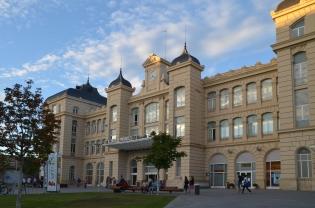 Fachada de la estación de tren de Lleida. Cecília López