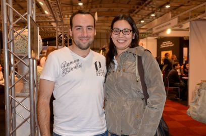 Héctor Fernández y Montse Torrent se casan el próximo abril y buscan servicios para organizar su enlace en el Saló De Nuvis de Lleida. Cecília López
