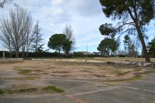 La Paeria tapó con toneladas de arena las piscinas de Les Basses. Cecília López