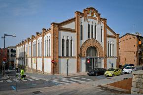 El edifico modernista, el Mercat del Pla, reabrirá el 1 de abril como el primer centro comercial de outlets efímeros de Europa Cecília López