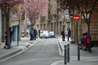 El carrer Tallada, unos metros antes de llegar al Mercat del Pla de Lleida. Cecília López.