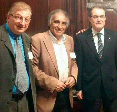 El abogado Joan Argilés y el patriarca Antonio Salazar en una reunión en la que se trasladó al Presidente de la Generalitat, Artur Mas, la problemática de la chatarra. Joan Argilés